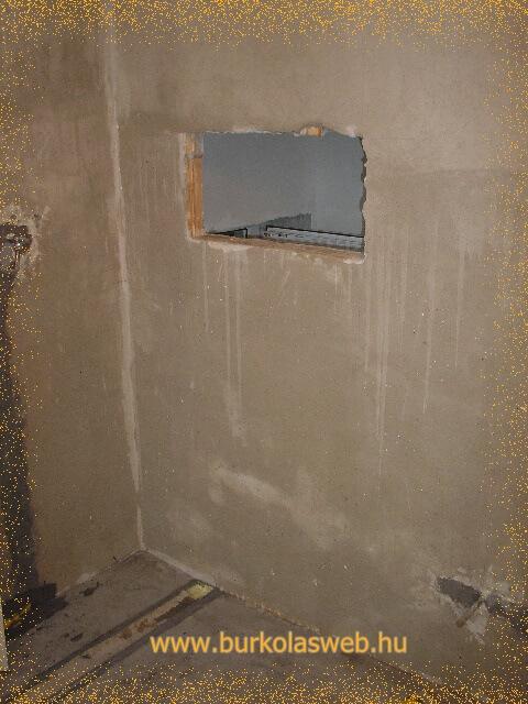 vékony falban falfülke